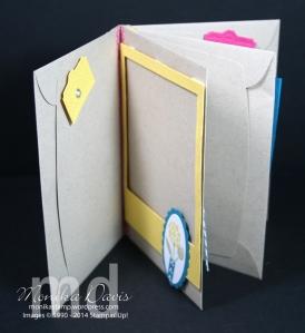 envie-scrapbook-open